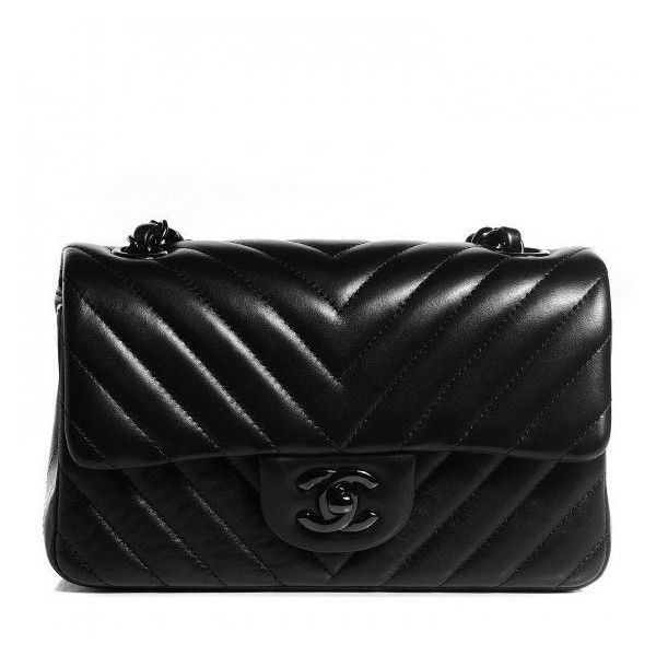 0a341dc7 LONDON Heathrow airport CHANEL Lambskin Chevron Quilted ...