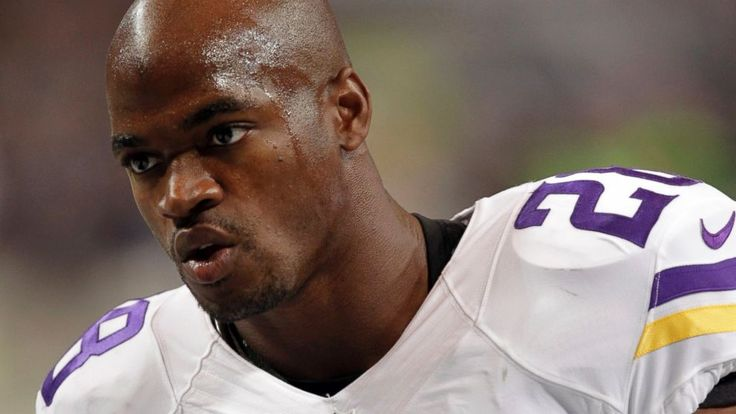 Adrian Peterson Sorry for the 'Hurt' He Brought to His Son - Suspension for Minnesota Vikings running back Adrian Peterson over beating his son ends after one game ...