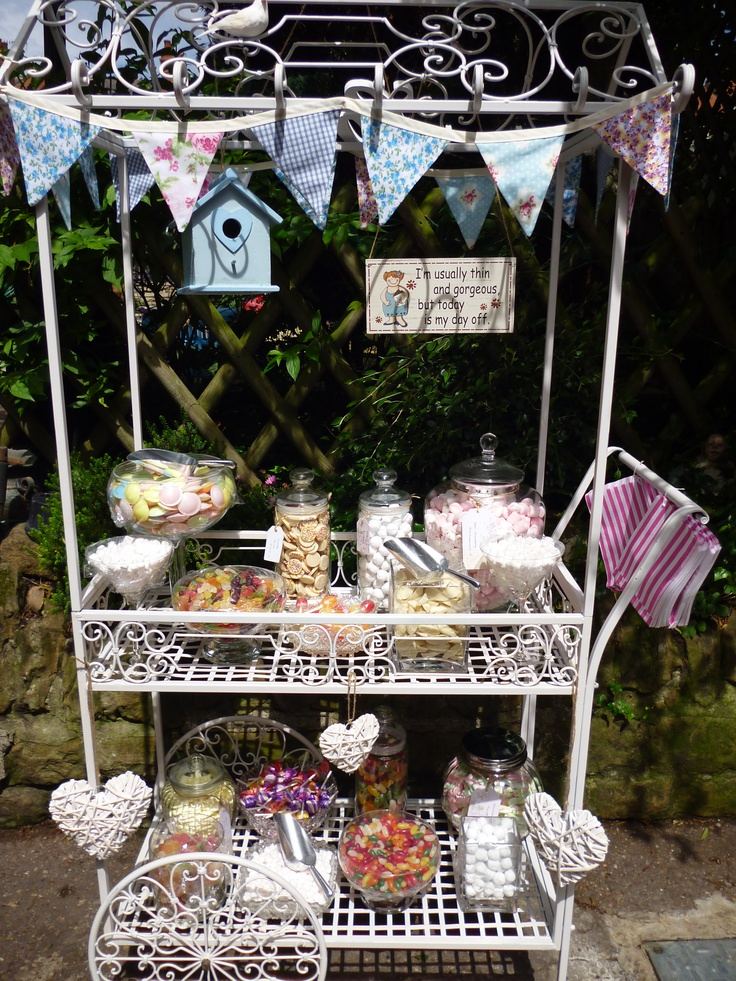 #Vintage style #Candy Cart