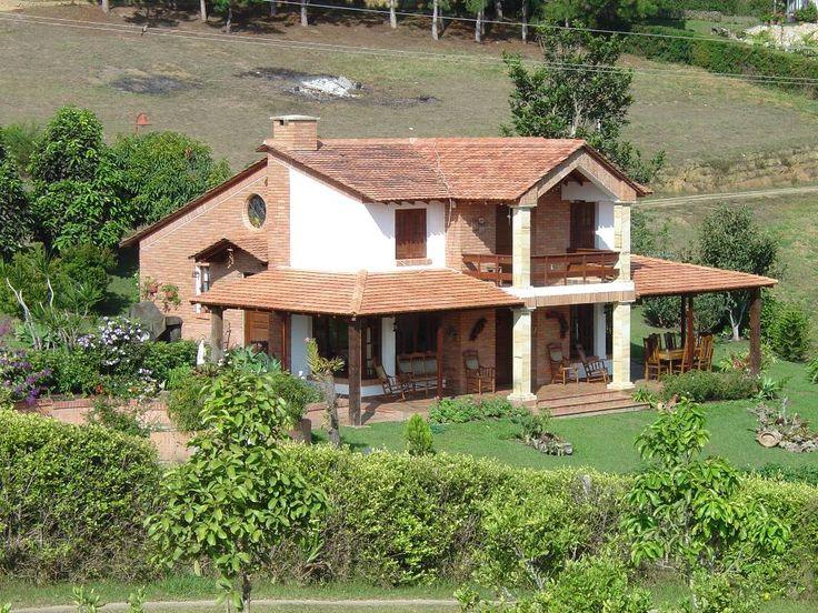 25 best ideas about fachadas de casas bonitas on for Fachadas de casas modernas en honduras