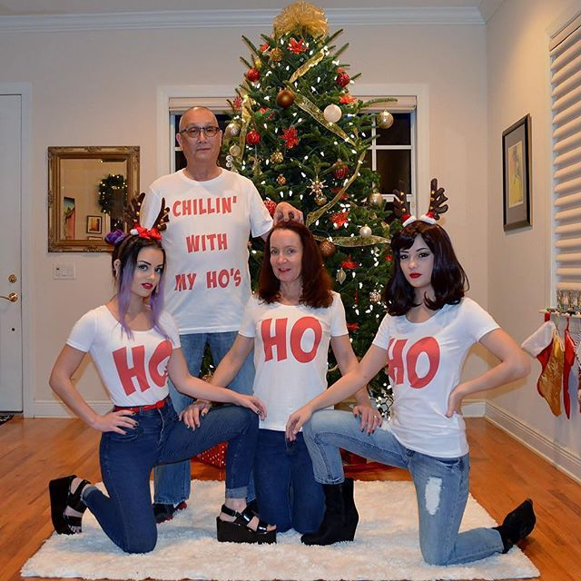 My family's xmas photo dis year. Disclaimer: this was my idea I want the credit bc it's damn good : @chelseaashe