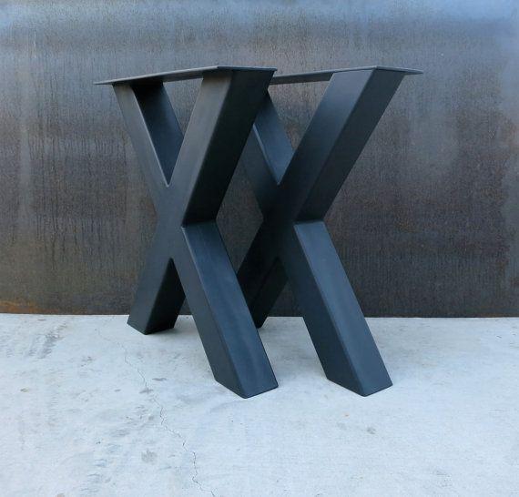 Pieds de Table en métal de forme industrielle X par SteelImpression