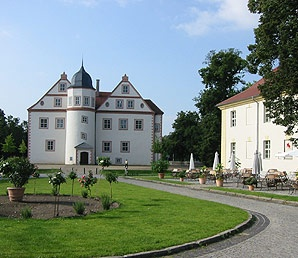 """Schloss Königs Wusterhausen. Königs Wusterhausen Palace was originally a medieval castle. It was the favourite haunt of Frederick William I, who used it as a hunting lodge and held his famous Tabakskollegium or """"tobacco round"""" here. #castles #Germany"""