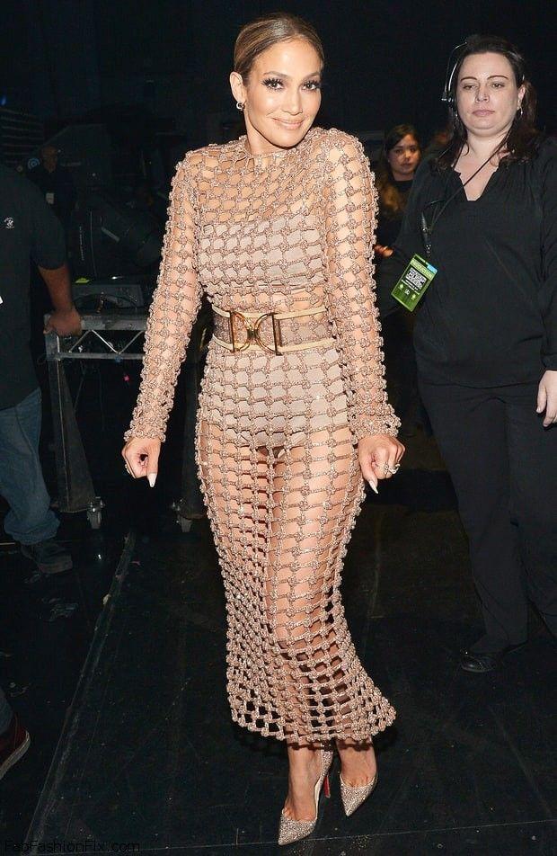 Jennifer Lopez wearing Balmain nude dress at the 2015 American Music Awards. #AMAs #jenniferlopez