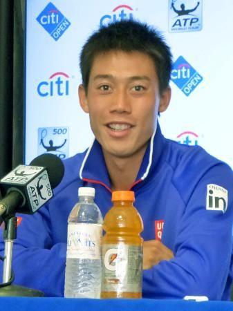 テニスのシティ・オープンの初戦を前に、記者会見で質問に答える錦織圭=29日、ワシントン(共同)
