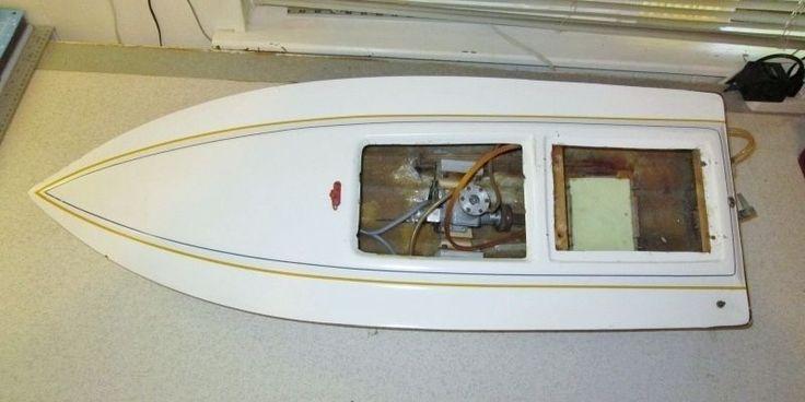 Vintage Large Dumas ??  RC Radio Control Boat  w/Motor