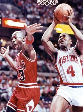 Detroit Pistons guard Joe Dumars makes a layup against