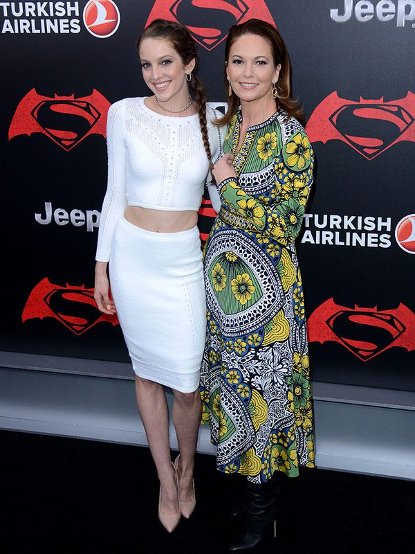Diane Lane and Daughter Eleanor Lambert Are Super Stylish Duo at Batman V Superman NYC Premiere http://stylenews.peoplestylewatch.com/2016/03/22/diane-lane-eleanor-lambert-at-batman-v-superman-nyc-premiere/