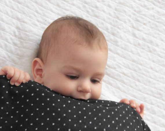 Minimalist wool baby blanket by EmmasStory