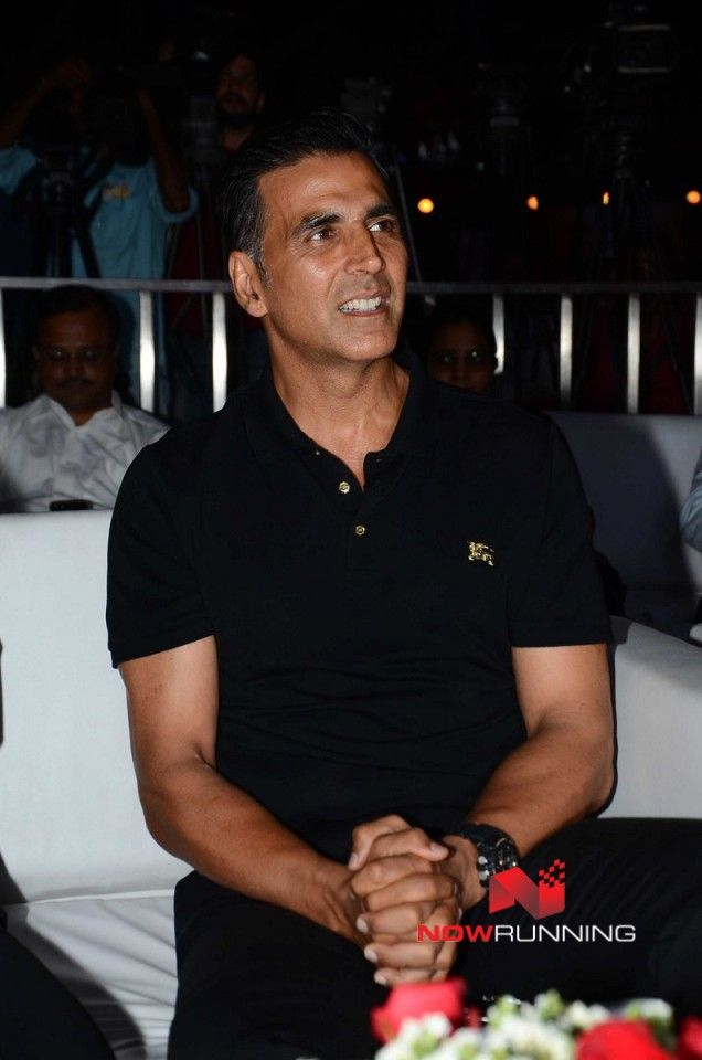Akshay Kumar graces the Transform Maharashtra initiative launch by Devendra Fadnavis