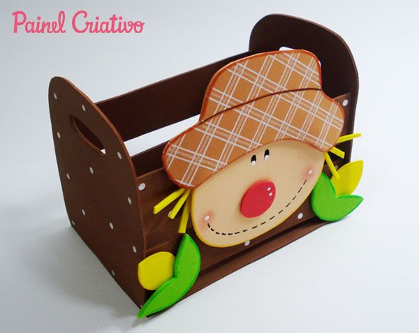 como fazer lembracinha festa junina eva mini caixote espantalho porta guloseimas escola decoracao junina enfeite mesa (4)