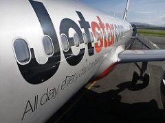 Boarding Jetstar Airbus A320 aircraft | by neeravbhatt