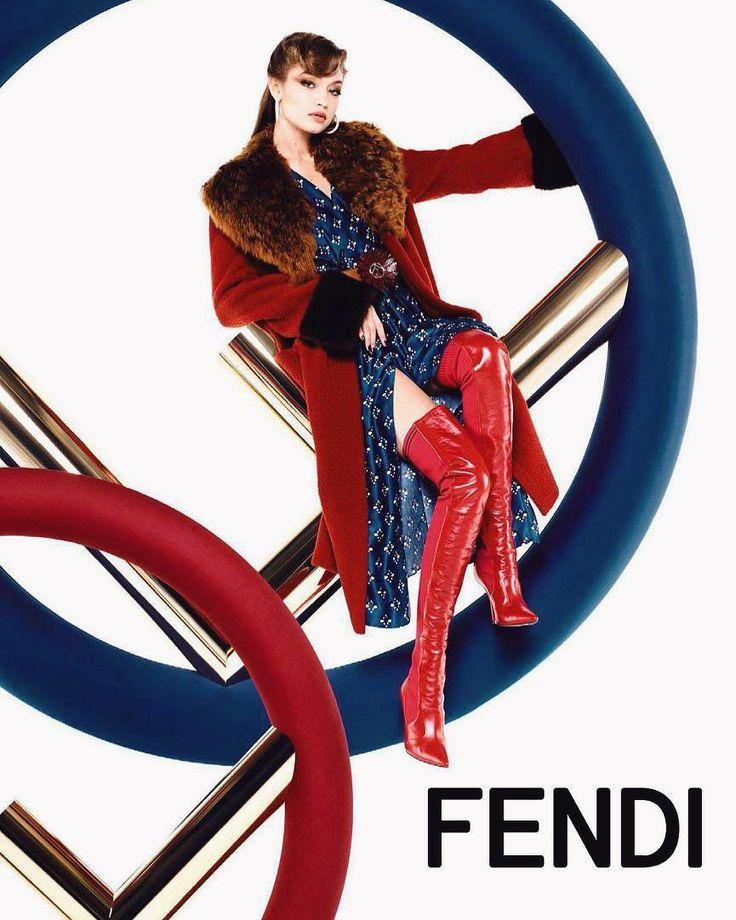 "Gigi Hadid no Instagram: ""new @fendi by @karllagerfeld ❣️ big love to everyone @sammcknight1 @peterphilipsmakeup @amandaharlech @chaos @mariaelenacima thanks so much!…"""