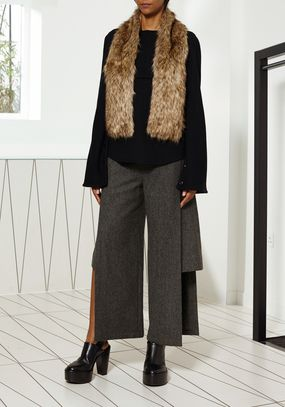 25 best hussein chalayan images on pinterest hussein chalayan sleeved dress and arctic - Hussen fur stuhle ...