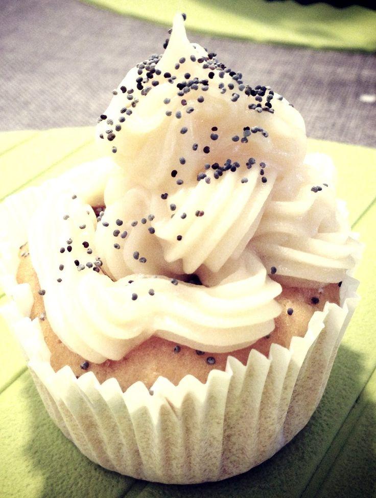 Cupcake Lemon & Poppy Seeds