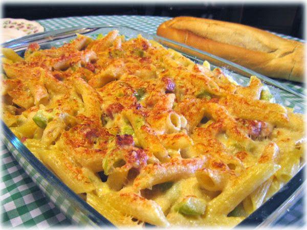 Gratén de pasta con crema de jamón y calabacín | Cocinar en casa es facilisimo.com