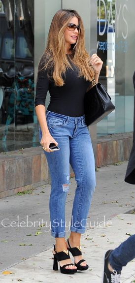 Sofia Vergara Dons Off Duty Chic In Bodysuit And Boyfriend Jeans