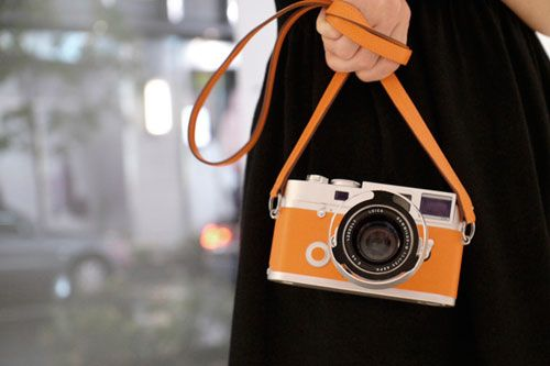 Hermes-leica-m7-limited-edition-camera: Vintage Camera, Orange Crushes, Hermes Leica, Limited Editing, Leica M7, Orange Camera, Leica Camera, Hermes Editing, Old Photos