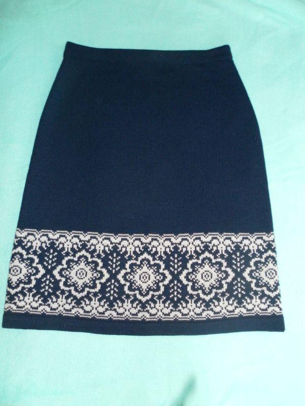 юбка связана из п\ш белор.,жаккард однофантурный-размер 46-48-продаю