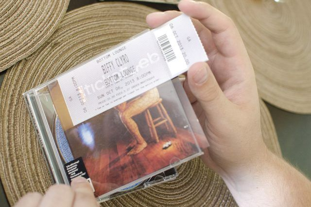 Creative Ways to Wrap Concert Tickets (with Pictures) | eHow                                                                                                                                                                                 More