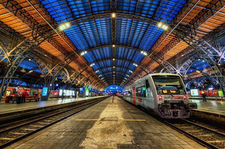 Leipzig Hauptbahnhof :: Leipzig, Germany http://www.travelandtransitions.com/destinations/destination-advice/europe/