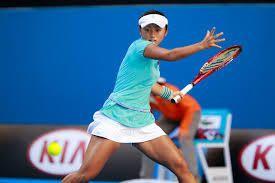 土居美咲、シャラポワの前に2回戦突破ならず/全豪オープン | TENNIS.jp