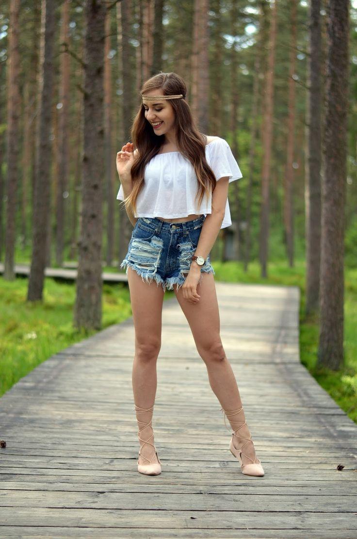 Jeansowe szorty z wysokim stanem to must have na sobotę!  Sylizacja od @balaczka   A Tobie co podoba się najbardziej?