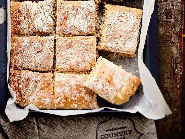 Yrtti-juustoleipä http://www.yhteishyva.fi/ruoka-ja-reseptit/reseptit/yrtti-juustoleipa/014477