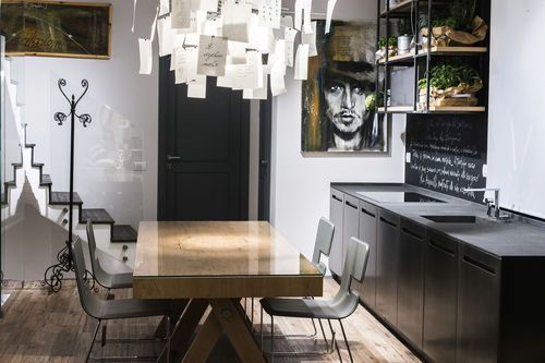 Contemporary kitchen / stone / metal 20141001_D90_ACCIAIO OSSIDATO E PIETRA BASALTINA TM Italia
