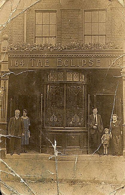 Eclipse, 164 Barnsbury Road, Islington - c 1924 (Landlord Edward Burrill leaning in the doorway)