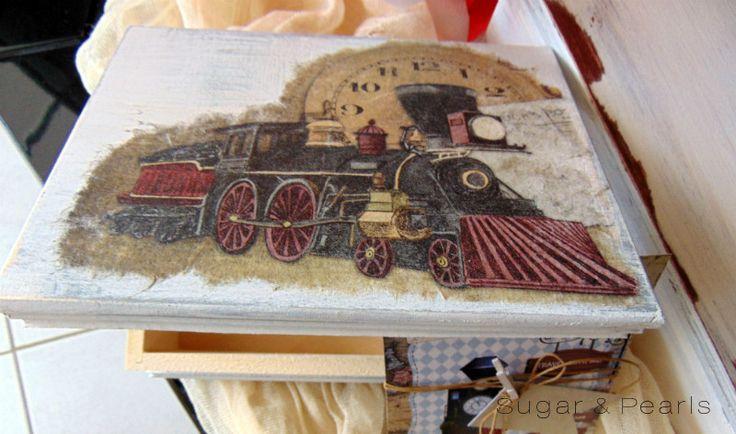 #ξύλινο_κουτί_μαρτυρικών_old_train