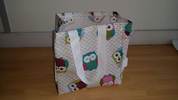 Owl Lunch Bag - oil cloth, wipe clean by MadeByMAP on Etsy