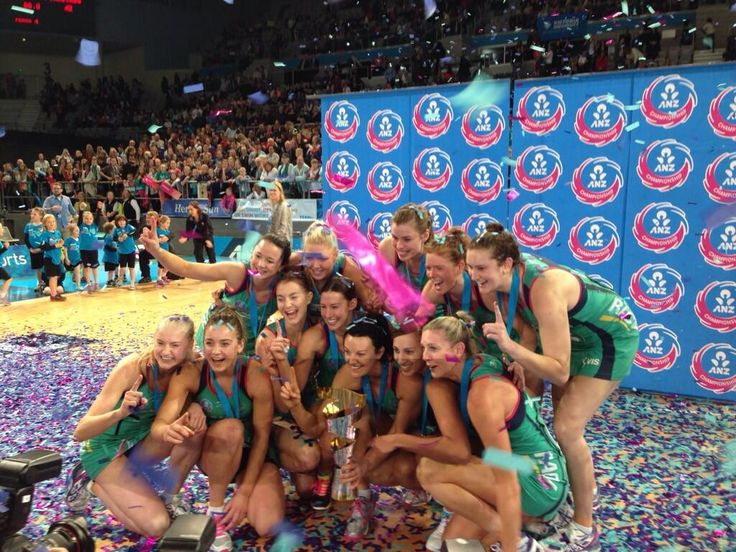 Definitely the perfect finish to the netball career of @CathCoxy  with the @MelbourneVixens #ANZCGrandFinal win! pic.twitter.com/8NEuZhOjug
