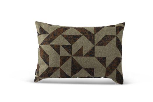 NEW // Cor   Bent Hansen #pude #cushion #pillow