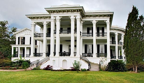 the perfect plantation home, for the perfect southern fairytale wedding
