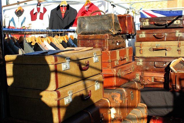 fleamarket suitcases