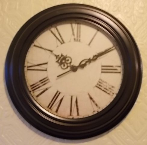 """BIDS FROM £8.99..(1 day left)..'Shabby Chic' French Wall Clock by Perfect Timing...approx. 13""""....NEW!!"""