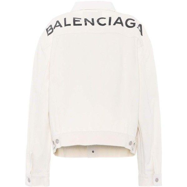Balenciaga Printed Denim Jacket (65.940 RUB) ❤ liked on Polyvore featuring outerwear, jackets, tops, white, balenciaga, white denim jacket, white jacket, white jean jacket and jean jacket