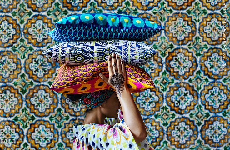 Zin om er even tussenuit te gaan? Waan je het hele jaar door in Indonesië of Thailand met de Tijdelijke Collectie JASSA, een collectie geïnspireerd op de traditionele patronen van Zuidoost-Azië. JASSA kussenovertrek, 6,99/st. #IKEABE #TijdelijkeCollectie #JASSA  It's time to take a break! Imagine yourself lounging in Indonesia or Thailand all year round with the Limited Edition Collection JASSA, a collection inspired by traditional patterns of Southeast Asia. JASSA cushion cover, 6,99/pce.