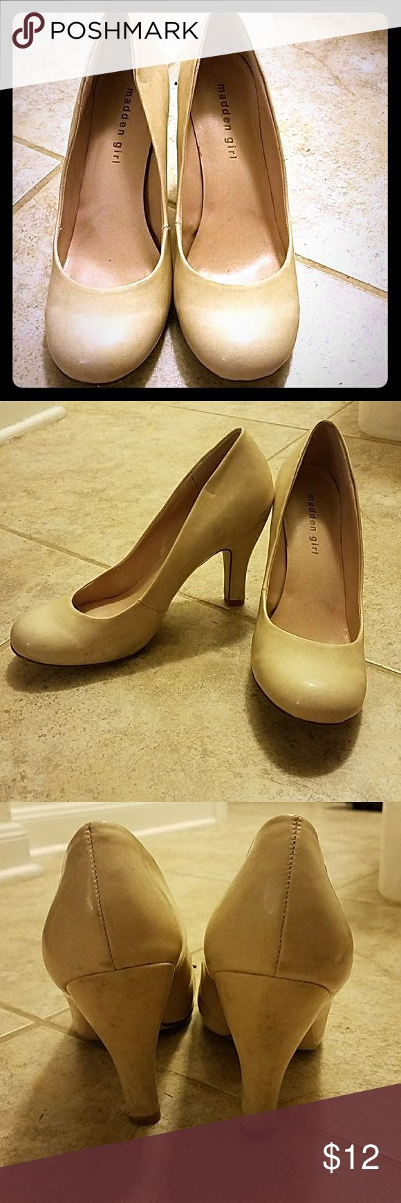 "Pre-loved Madden girl cream  pump Pre-loved Madden girl cream pump. Patent type exterior, height at about 2"". Madden Girl Shoes Heels"