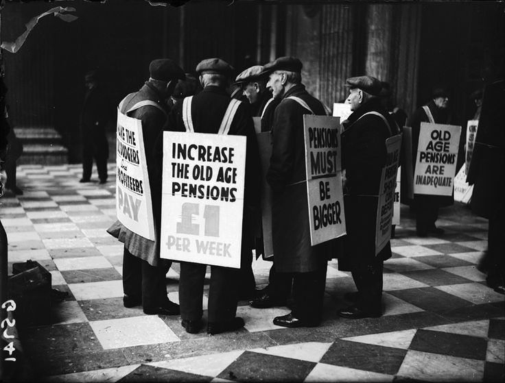 Pensioners protest, 23 November 1938, George W. Roper, Daily Herald Archive, National Media Museum Collection / SSPL