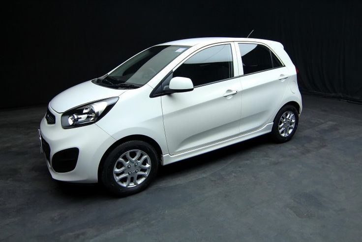 2014 Kia Picanto 1.2 EX A/T Model, Body type:Hatchbacks Registration: 10/2014 Fuel Type: Gasoline Engine Capacity1200 ( CC ) Transmission Automatic Color: White Doors:5 Mileage:99,xxx KM Manufacture Date 2013