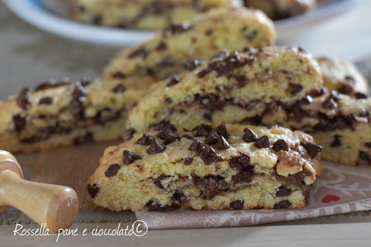 Biscotti+da+inzuppo+al+cioccolato+e+nutella