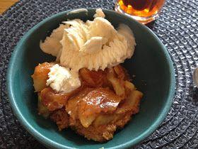 Kombinationen av äppel och kola är helt sanslöst god! Denna pajen har blivit en ny favorti i familjen. Så prova du också, äppelpaj...