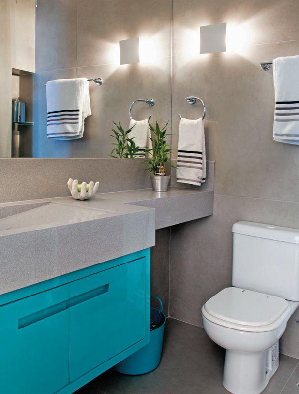 adorei as cores desse banheiro. Sóbrio, divertido e moderno.