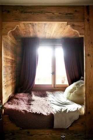45 Cozy Nooks And Places That Take Advantage Of Odd Little Spaces
