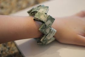 our life in a click: {Gift Idea}Dollar Bill Origam…