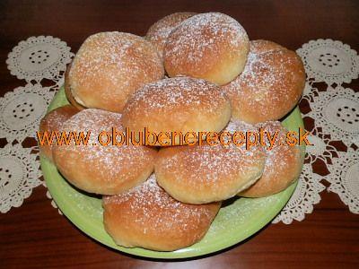 Máčané tvarohové koláče