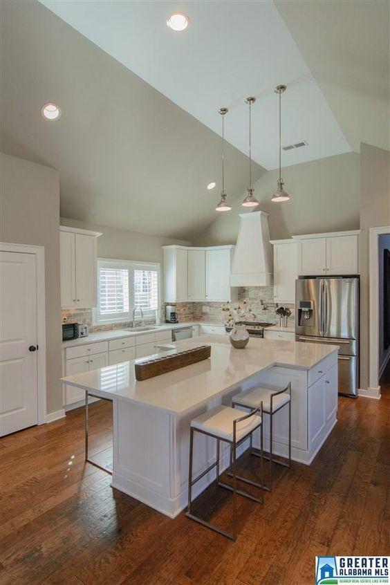 T-shaped kitchen island 2.0