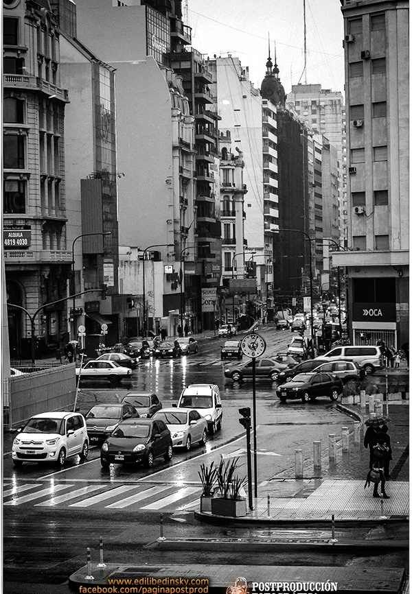 Tarde de lluvia en Buenos Aires - Septiembre de 2013. History, Culture and Tradition; in keeping with my story http://www.amazon.com/With-Love-The-Argentina-Family/dp/1478205458